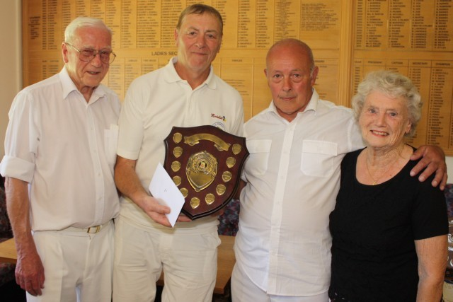Corringham Bowls Team - Brentwood Triples Competition Winners 2013