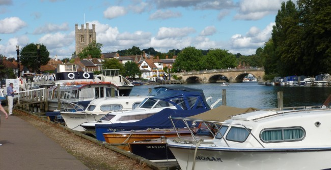 HENLEY-ON-THAMES: Destination for a party of visitors from Brentwood Bowling Club.