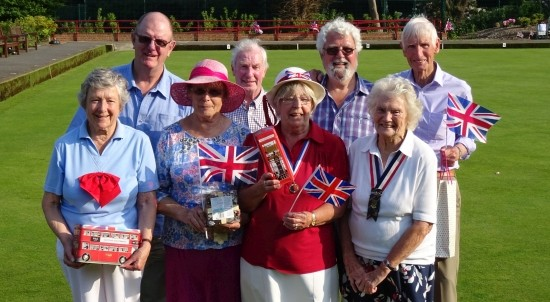 Winners: Back row - Brian Duffield, Dennis Curtis, David Palmer and Brian Moxom. Front - Joan Stevenson, Margaret Welham, Margaret Rayment and Barbara Morrish.
